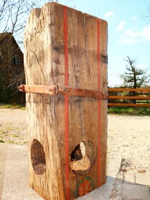Altes Holz Weinpresskopf