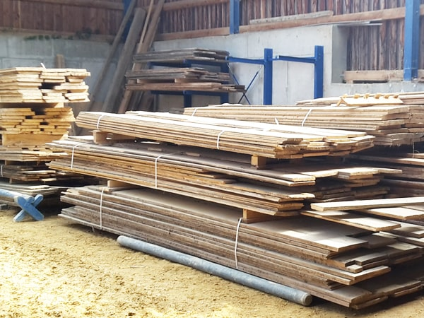 Altholzbretter Lagerung Bodnegg